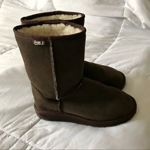 EMU UNISEX SUEDE AND WOOL LINED BOOTS